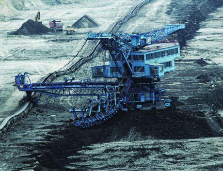 Coal-mining_pit_web