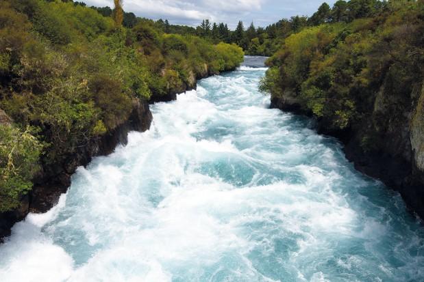 Zambia Treads Water