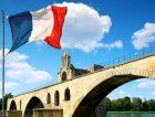 Pont-Saint-Benezet-French-flag-Avignon-France