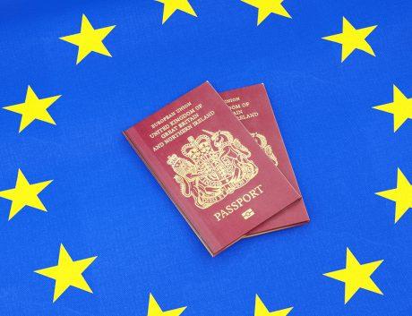 united-kingdom-passport-europe-flag_news