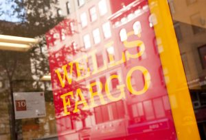 Wells-Fargo-Brand-Sign-Manhattan_News