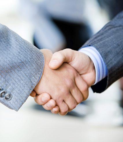 Handshake_on the move