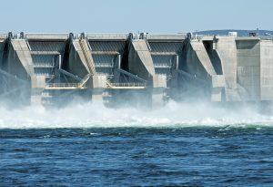 Hydroelectric dam on Columbia