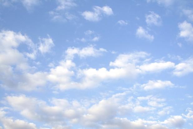 Výsledok vyhľadávania obrázkov pre dopyt sky clouds background