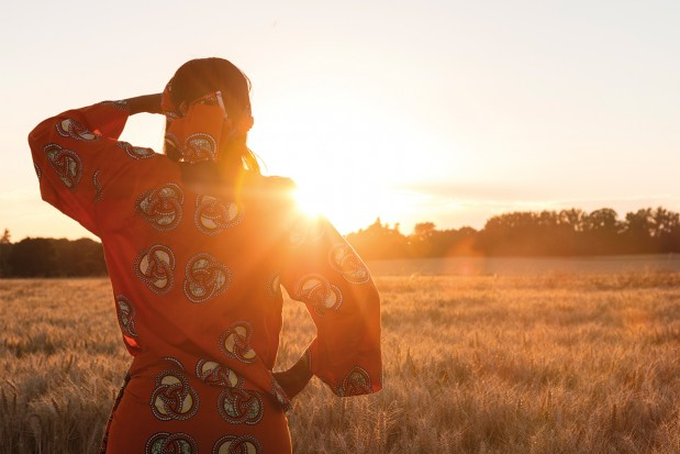 African-Woman-Wheat-Crops-Sunset_News