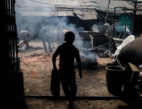 Child-Laborer-Dhaka-Bangladesh-Asia_News