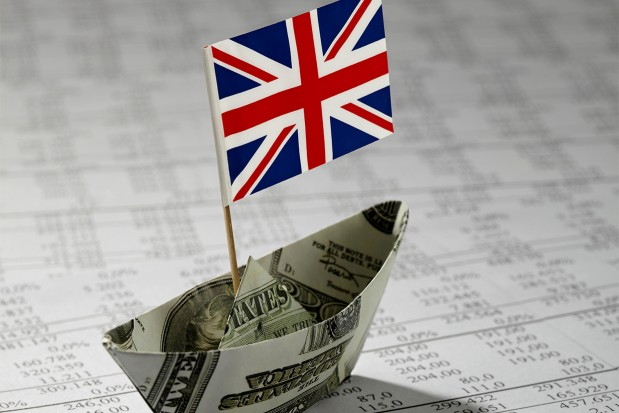 Money-Boat-Data-Paper-UK-Flag_News